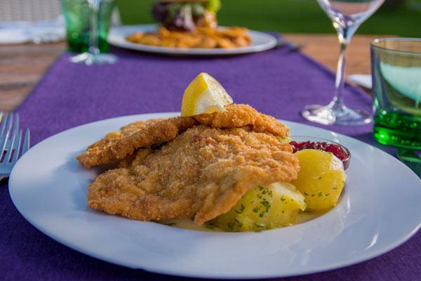 Schnitzel-Aktion-greens-restaurant-golfplatz-kematen